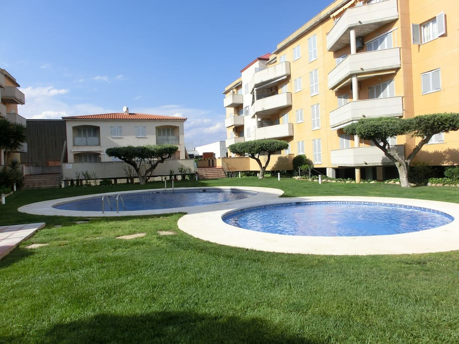 Apartment Sol With Swimming Pool And Parking Apartments For Rent In Cambrils Catalunya Spain