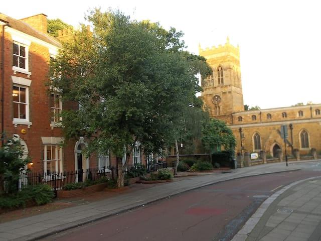 Elegant Victorian Heritage Town House - 北安普敦(Northampton) - 獨棟