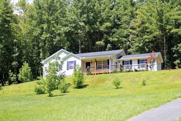 Mountain Home in Western NC - Mars Hill - Casa