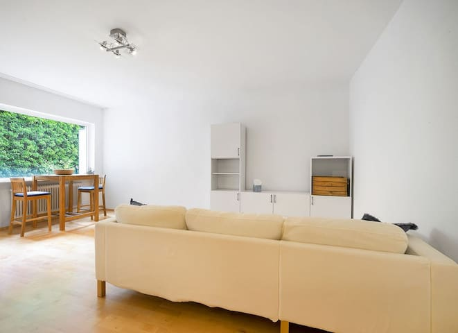 Bright -2 rooms apartment in the heart of Munich
