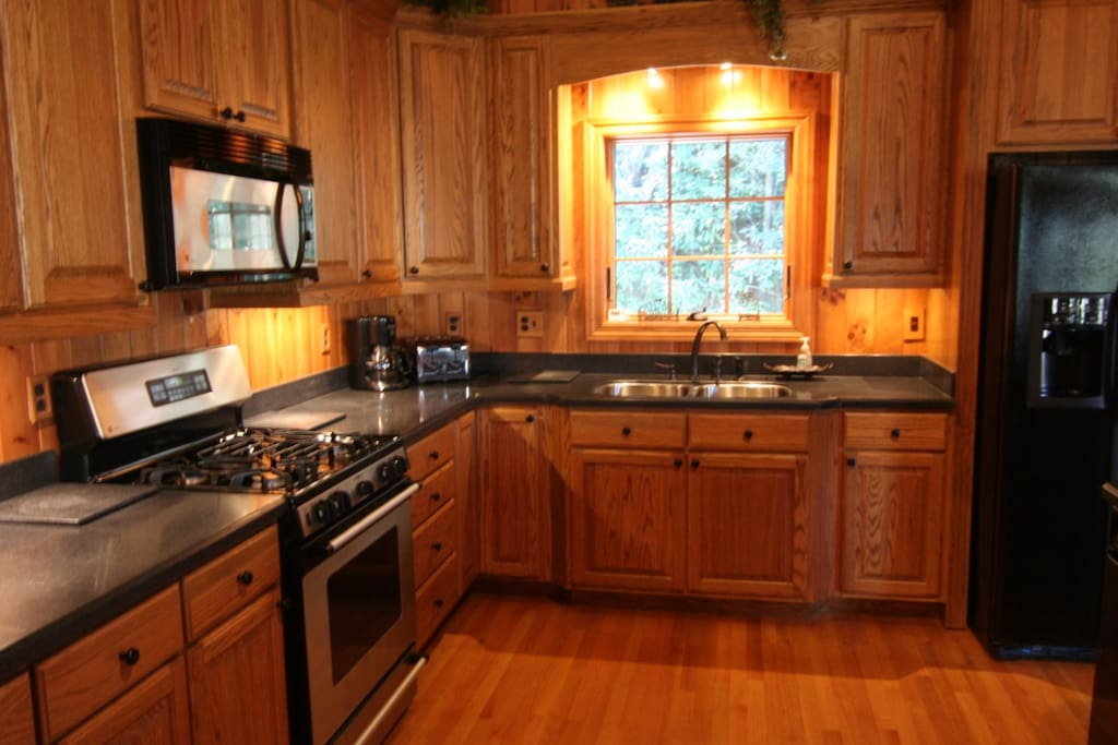 The spacious kitchen will make cooking a snap!