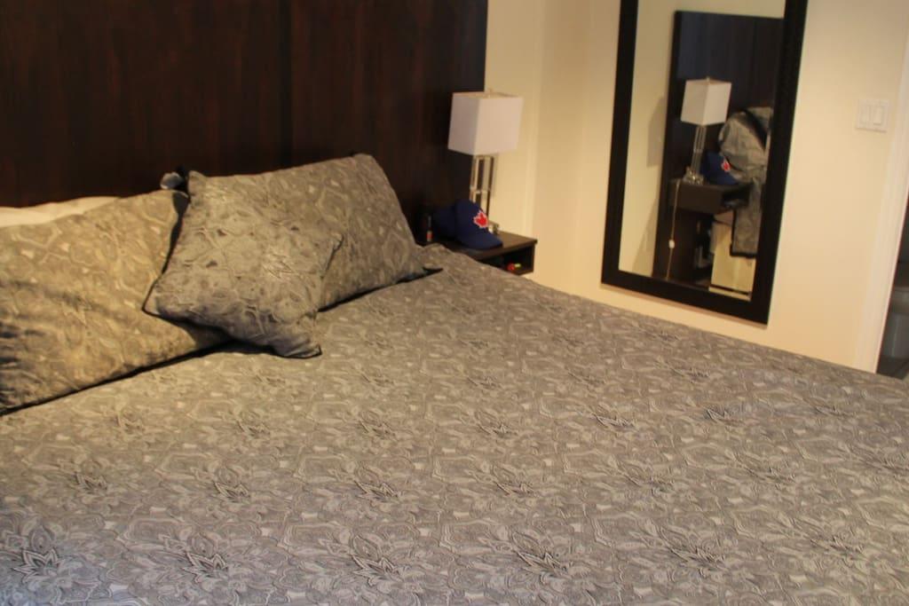 Master bedroom, king bed, bathroom