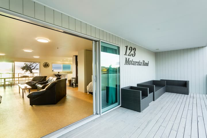 Taieri Mouth Beach House