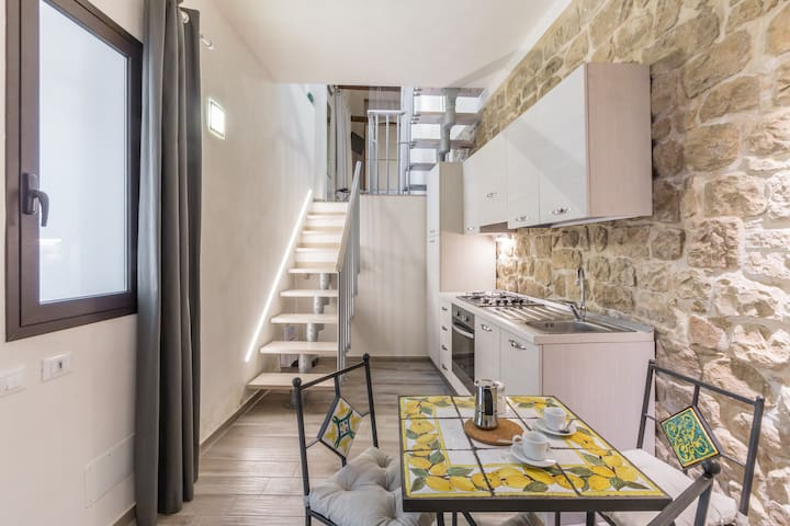 Cozy central house with kitchen - Comiso - House