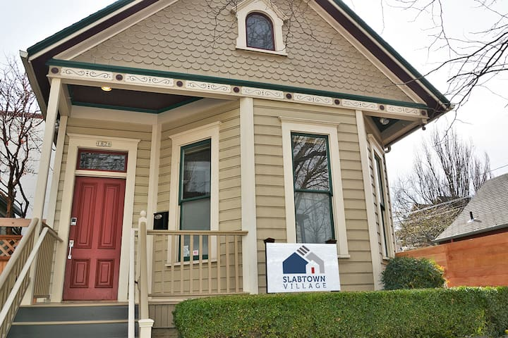 Location! Renovated Portland Victorian in Slabtown