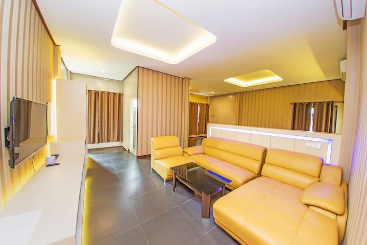 ลอฟท์ แอท สีมา ห้องวีไอพีแบบที่2 - Tambon Suranari - Leilighet