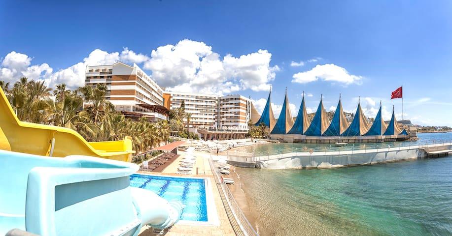 Adin Beach Hotel'in Özel Villaları - Türkler