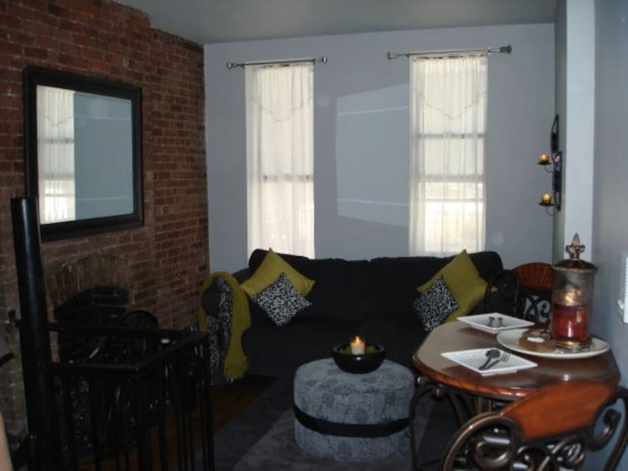 Adorable private room and bathroom in midtown nyc apartments for rent in new york new york for Rooms for rent in nyc with private bathroom