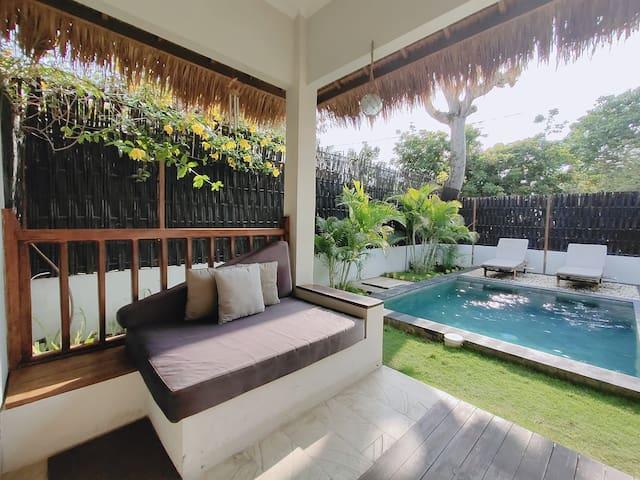 Romantic 1 BR Villa with Private Pool ( Gili Air )