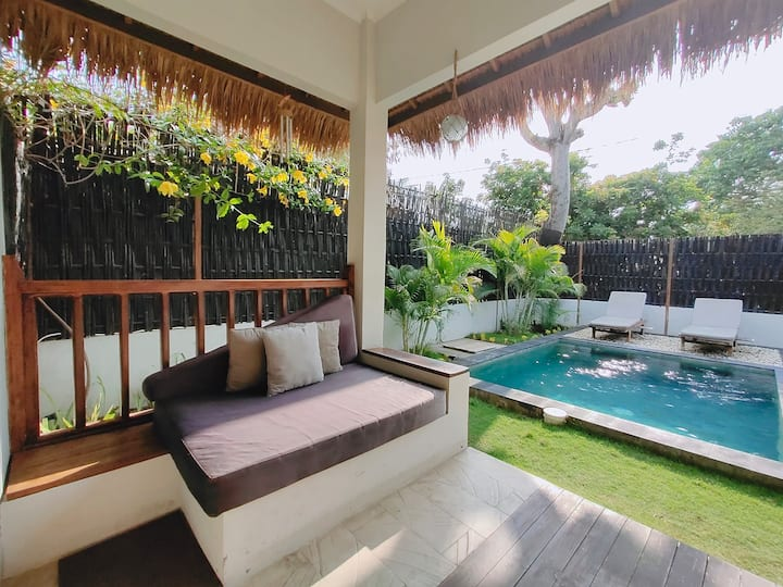 Romantic 1 BR Villa with Private Pool ( Gili Air )
