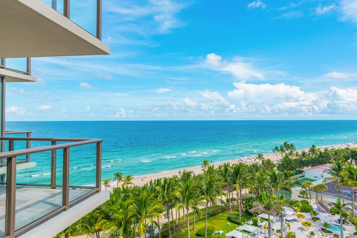$4 Million 2BR St Regis Oceanfront Residence