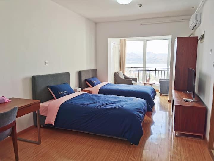 【湖景标间】官厅水库 双床公寓 2人 公共艺术小镇