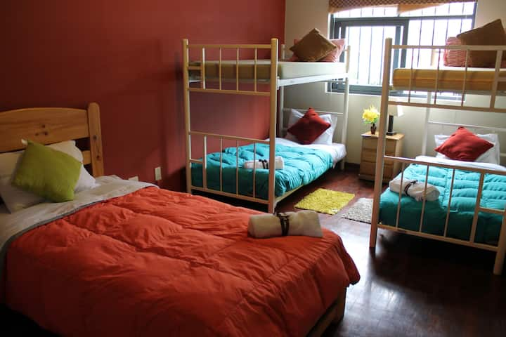 MIRAFLORES - SHARED MIXED DORM 6