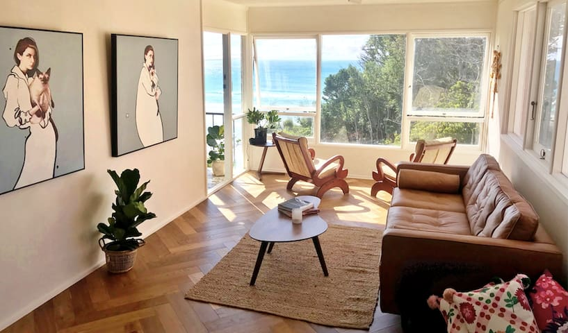 The Painted View - for Creatives & Ocean Lovers