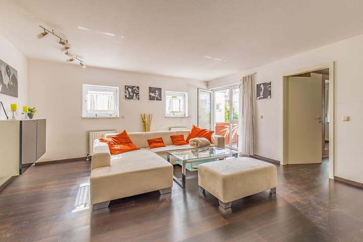 Schöne 2-Zimmerwohnung mit moderner Ausstattung - Wernau (Neckar) - Apartment