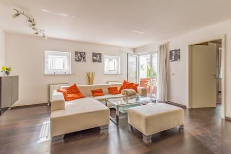 Schöne 2-Zimmerwohnung mit moderner Ausstattung - Wernau (Neckar) - อพาร์ทเมนท์