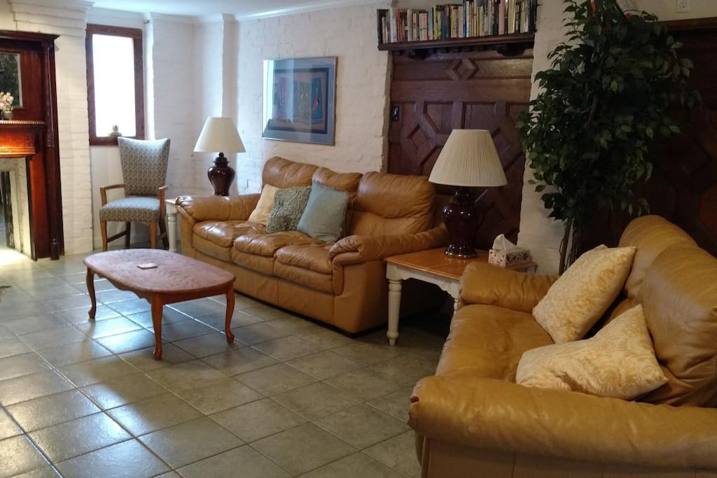 living room, leather sofa and loveseat