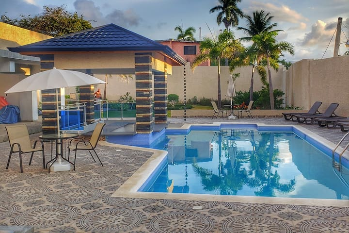 New and luxury.  Pool, jacuzzi and screens. 3.