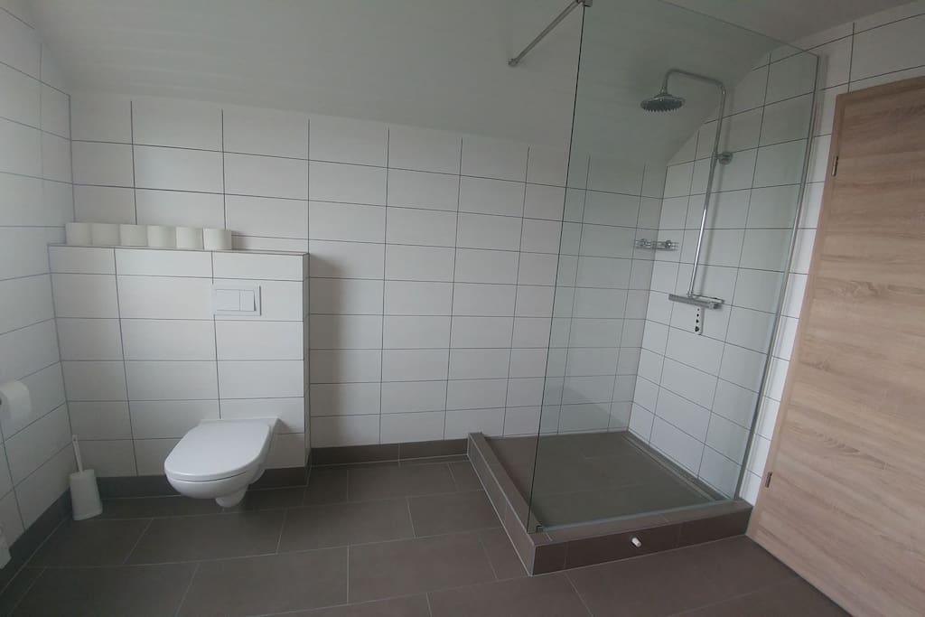 Bathroom on 2. floor