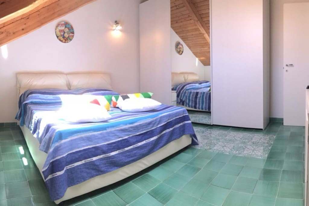 BEDROOM x2 with freewifi, cond.air, electric window ( with remote control ) and Tv