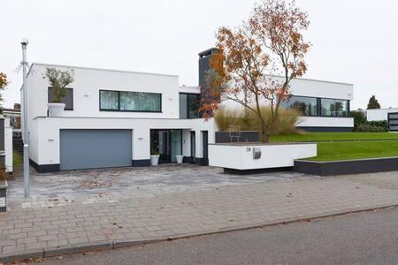 Suite Koper - 's-Heerenberg - Hus