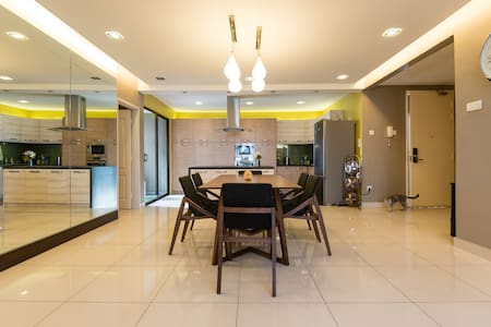 Designer home with almost everything provided - Puchong