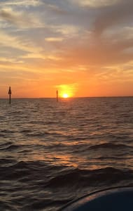 Boaters paradise minutes to bay! - Port Charlotte