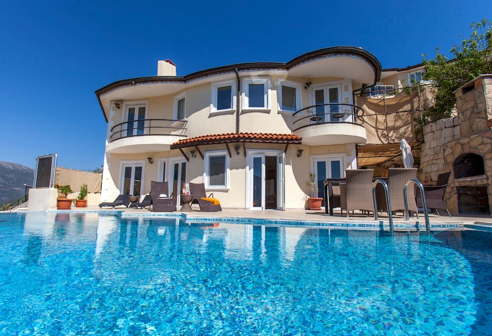 286 m2 Villa in 2 floors