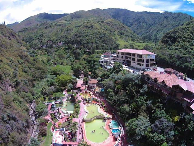 Hotel Termal Fuente de Vida en Chachimbiro