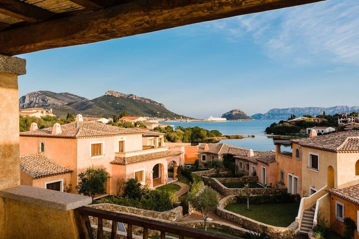 Villaggio Perlacea - Large terrace&sea view 100 mts from the beach in Golfo Aranci