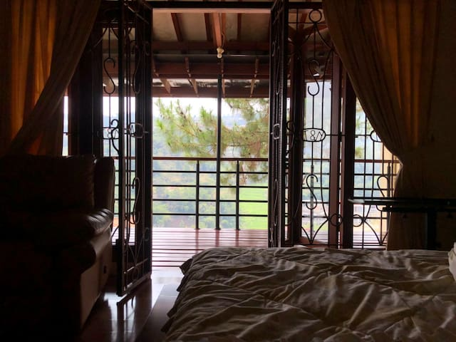Dago Pakar Resort House