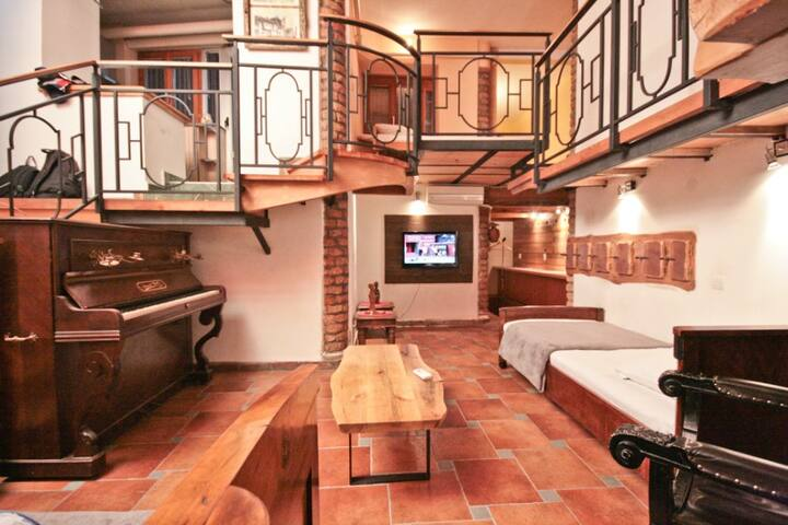 Architecturally designed in the middle of the town - Beograd - Appartement