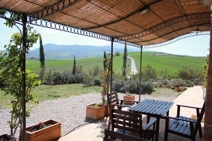"""Farmhouse """"I SAVELLI"""" - FRANCO - Castiglione d'Orcia - Apartamento"""