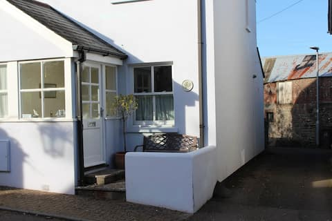 Pippin Cottage, Malborough Nr Salcombe