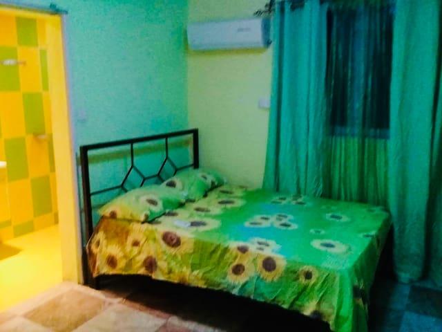 Palma Cribs