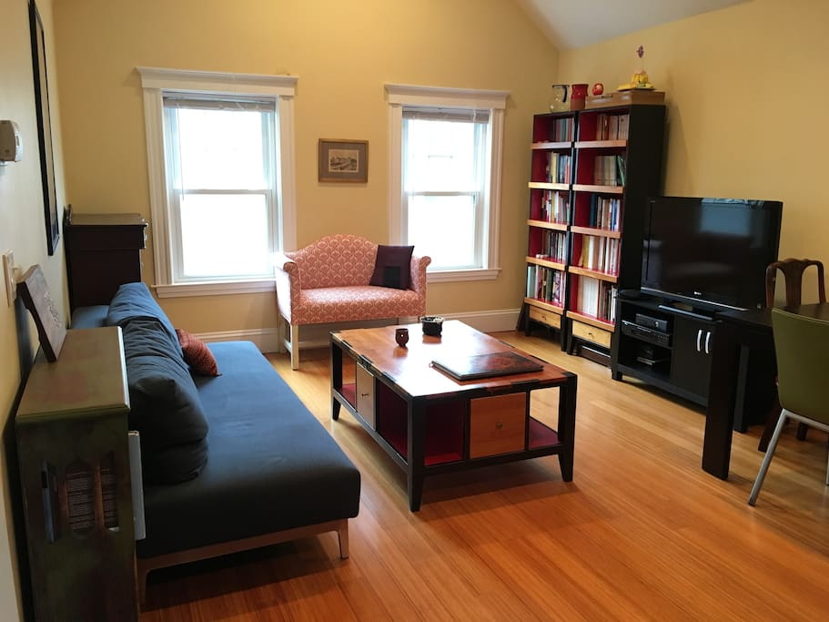 Beautiful 2 Bedroom With Balcony Apartments For Rent In Somerville Massachusetts United States