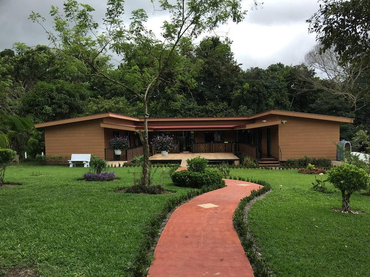 'La Finca' Cottage in the  countryside