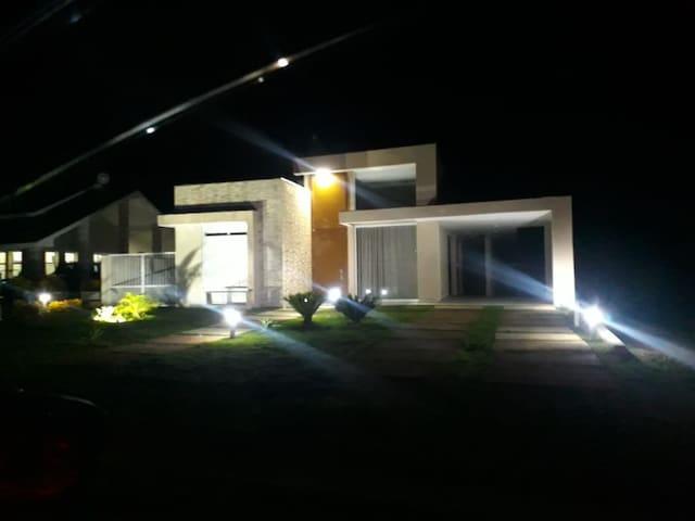 Linda Casa de Campo - Riviera Santa Cristina Xlll