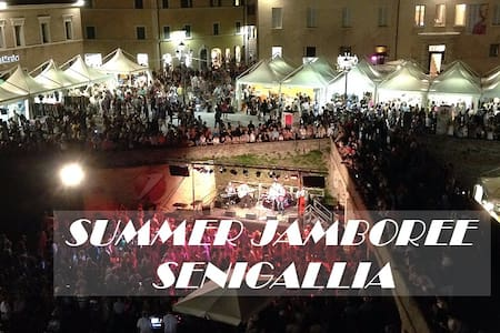 Large Local Independent a few steps from the SEA ! - Senigallia