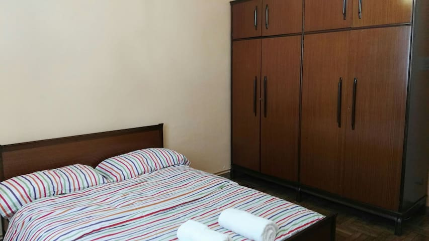 Private room in Pamplona area - Berriozar - Leilighet