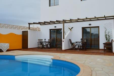 Casa la Ermita 1B - Máguez