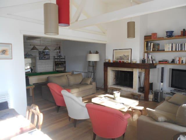 Ferme restaurée vue exceptionnelle - Pouydraguin - Haus