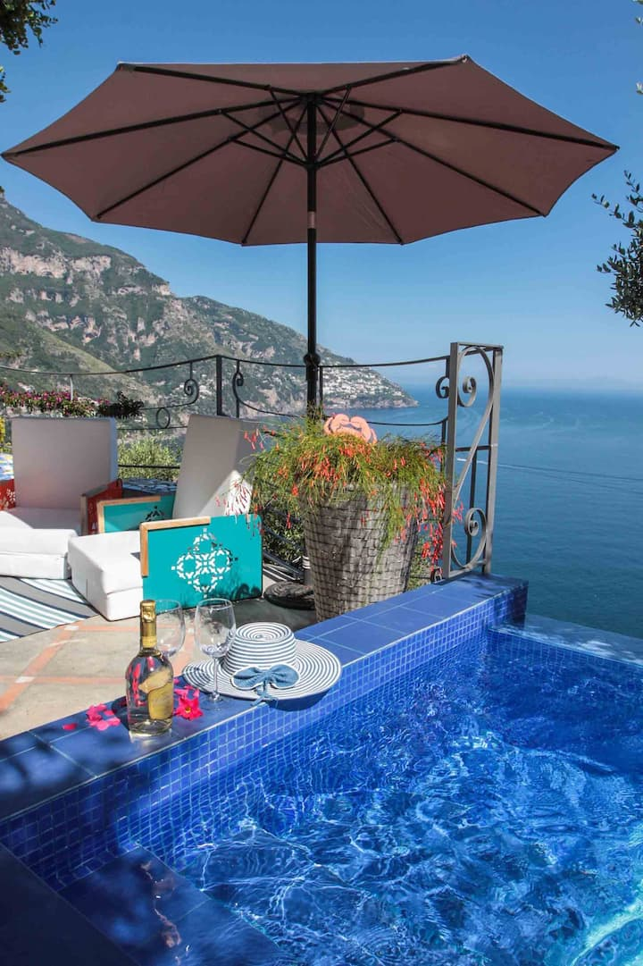 Villa Oeste ❤ sleeps 7 with private pool & shuttle