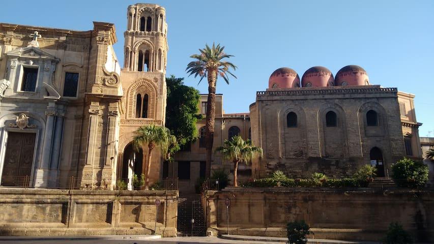 Casetta in centro Palermo - Palermo - Daire