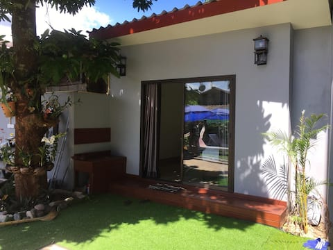 FARAWAY SUITES-POOL BUNGALOW WITH GARDEN VIEW
