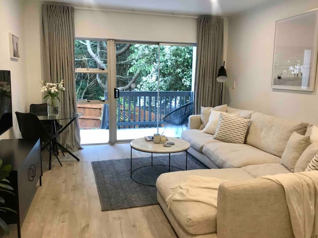 Completely renovated, peaceful 2 bedroom unit