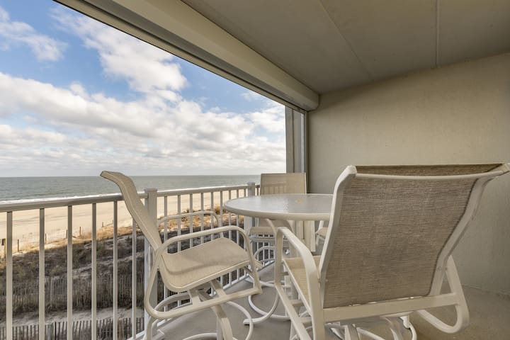 Pelican Beach 102 - New! Direct Oceanfront Condo