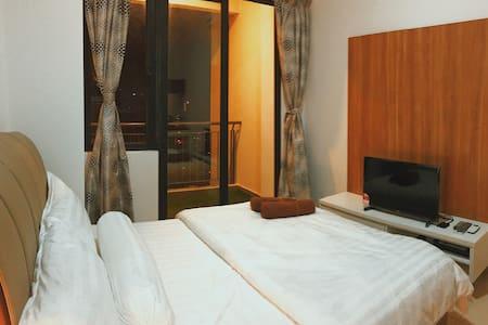 超值全新装修温馨干净小公寓房! (邻近各个吉隆坡中心景点) - クアラルンプール