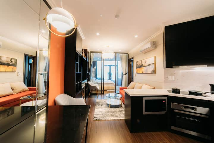 Amber Modern and Luxury Apartment - Mountain View