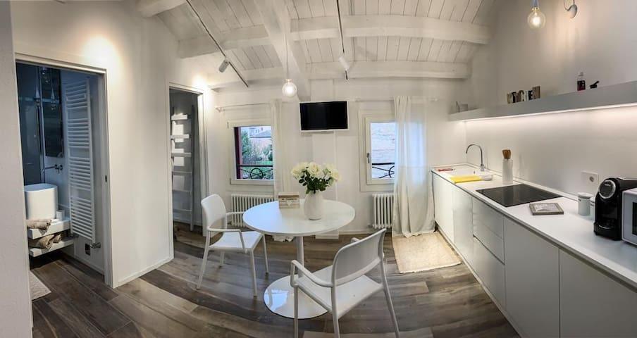 "AL SAGRAETO ""White Apartment"" Cod.ID M0270081428"